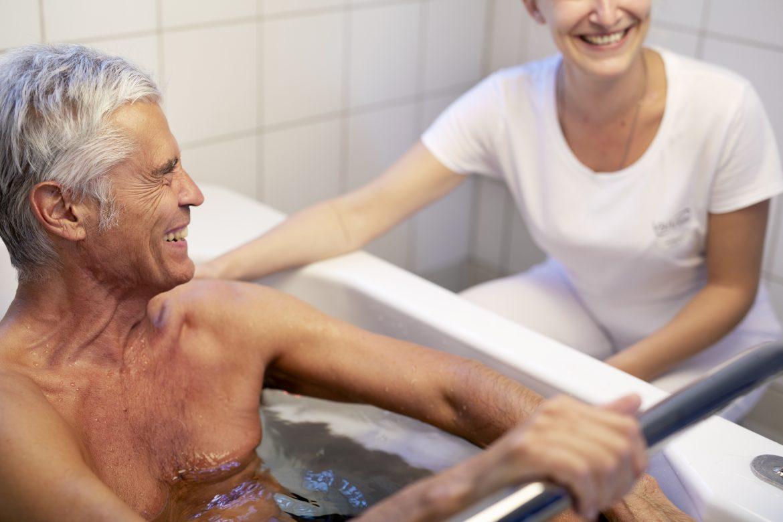 La cure thermale : une efficacité prouvée dans la prise en charge des pathologies des seniors